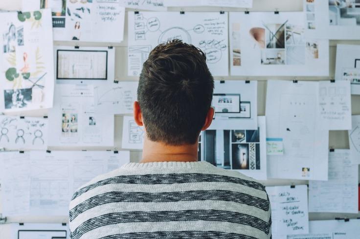 DigitalisierungsCoach denkt über Architektur, Scrum und Softwareentwicklung für dein Digitalisierungsprojekt nach
